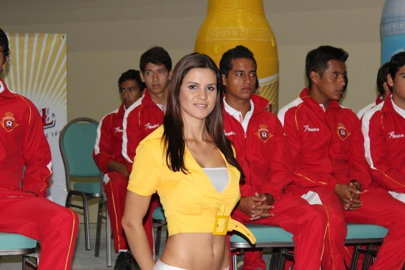 edecanes-canoneros-201216