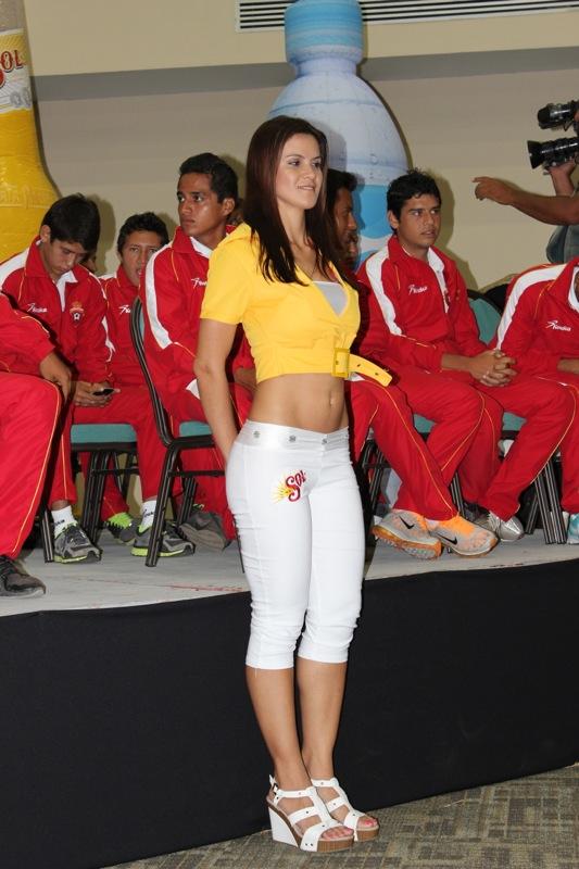 edecanes-canoneros-201222