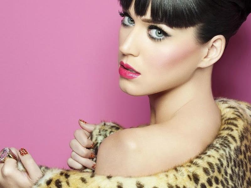 Cuernos Katy Perry