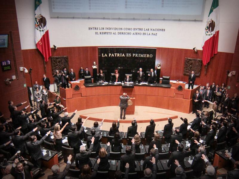 Eligen a ernesto cordero como presidente del senado for La camara de senadores