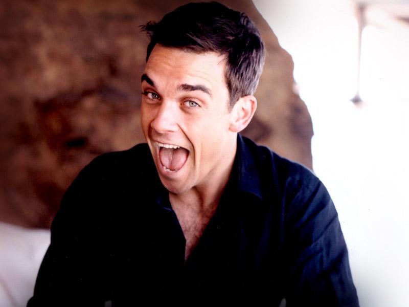 Robbie Williams Wallpaper @ go4celebrity.com