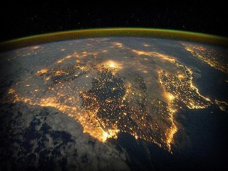 imagenes en vivo de la tierra desde el espacio: