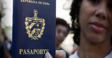 barak-obama-estados-unidos-y-raul-castro-cuba-pasaporte-2307