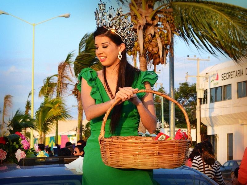 desfile-de-las-flores-campeche-2015-18