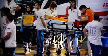 Al menos 10 muertos en un atentado contra el mayor aeropuerto de